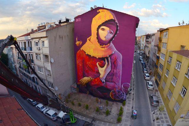 istanbulun-graffitileri-ile-unlu-binalari